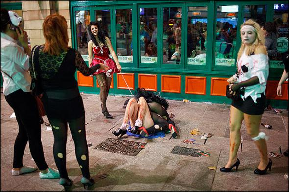 """""""Зато мы против Евросодома"""": Кровавое побоище пьяных баб под восторженные вопли и матерщину на Донбассе - Цензор.НЕТ 2619"""