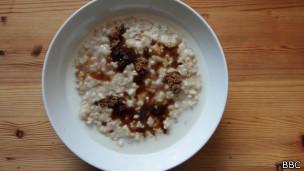 Овсянка на завтрак, обед и ужин - реальность для некоторых британцев