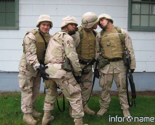 гей видео тюрьма армия