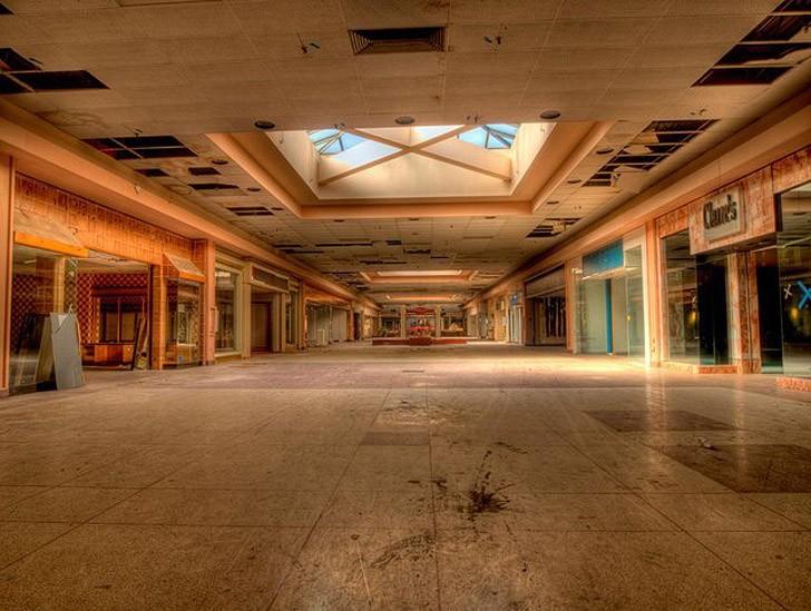abandonedmalls03