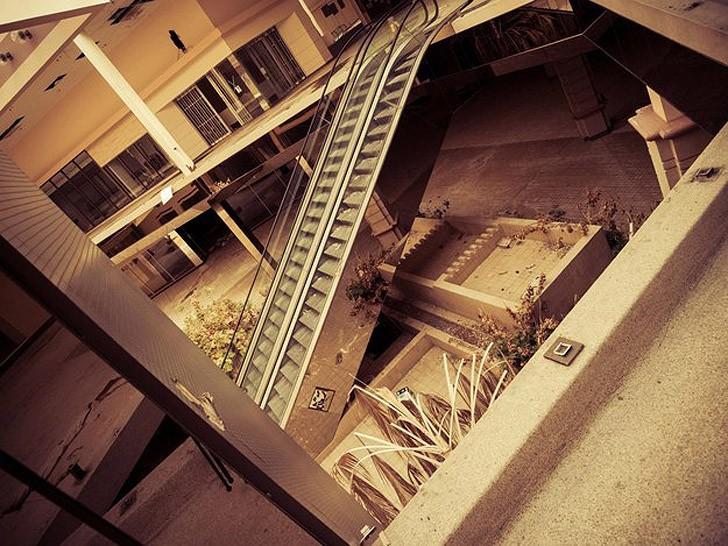abandonedmalls05