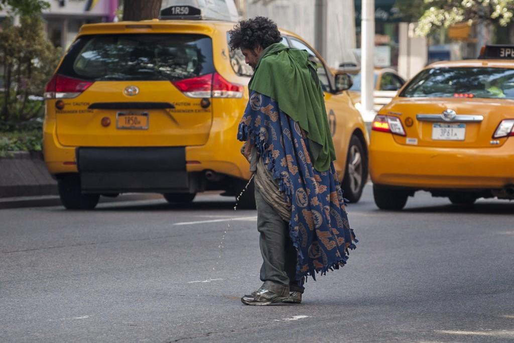 Нью-Йорк провонял запахом мочи